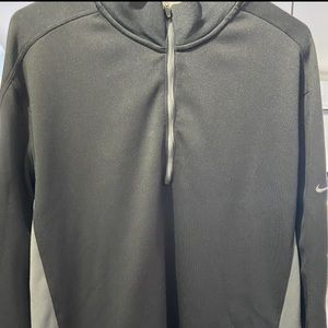 Nike Golf sweater Black/ Grey size Large 1/4 zip